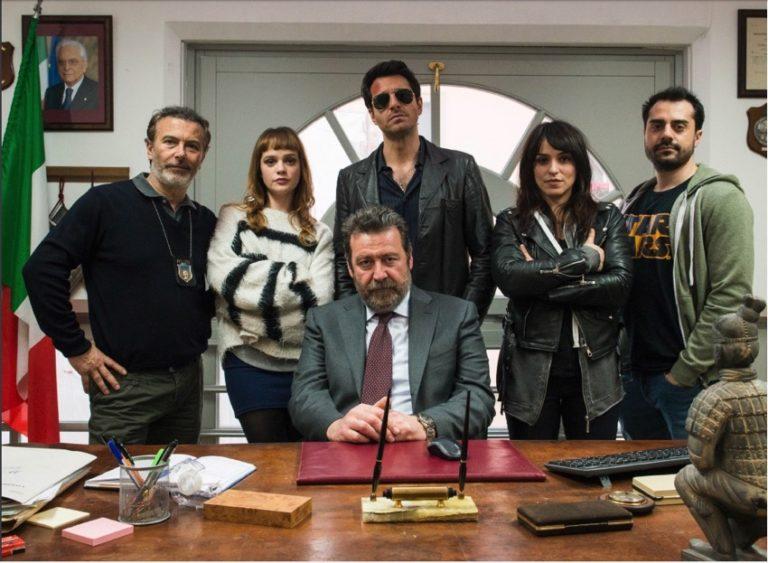 Guida Tv 5 dicembre: L'ispettore Coliandro, Chi l'ha visto?
