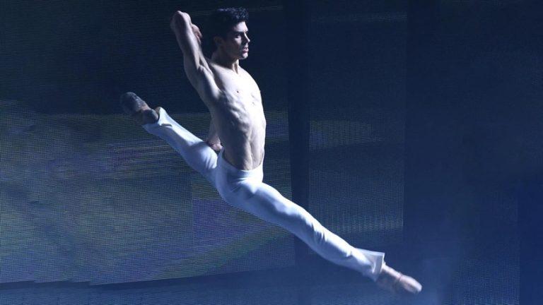 Danza con me, Roberto Bolle inaugura il nuovo anno su Rai Uno