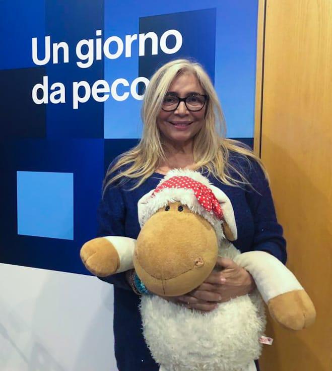 Mara Venier invita Barbara D'urso a Domenica In: accetterà l'invito?