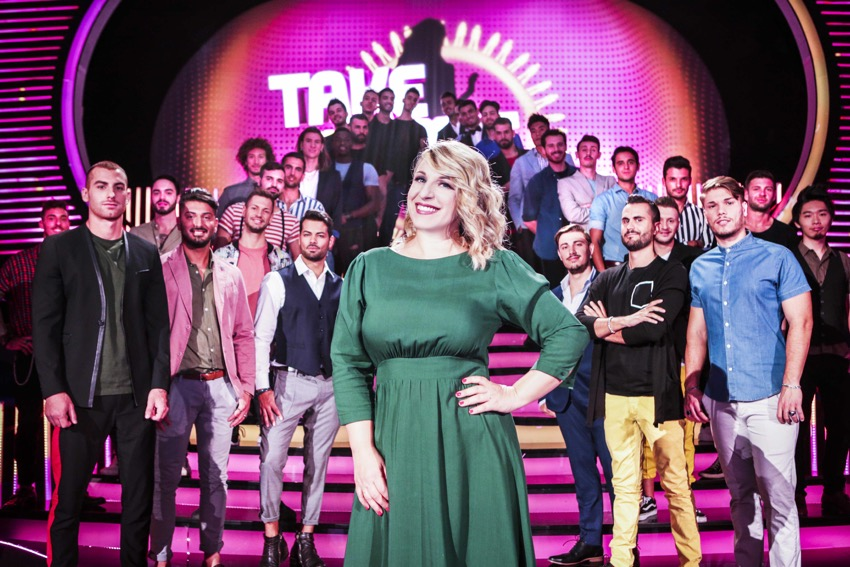 Take me out, Katia Follesa conduce il nuovo dating show su Real Time