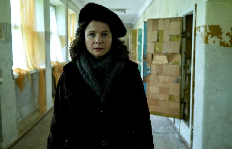 Guida serie TV del 28 maggio: Bull, Chernobyl, Banshee