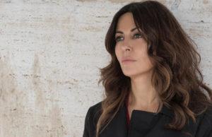 L'amore strappato, Canale 5 ripropone la miniserie con Sabrina Ferilli dal 10 febbraio