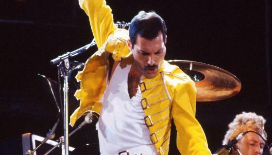 Guida Tv Sky Intrattenimento 4 maggio: Freddie Mercury – The King of Queen, Gipponi senza frontiere