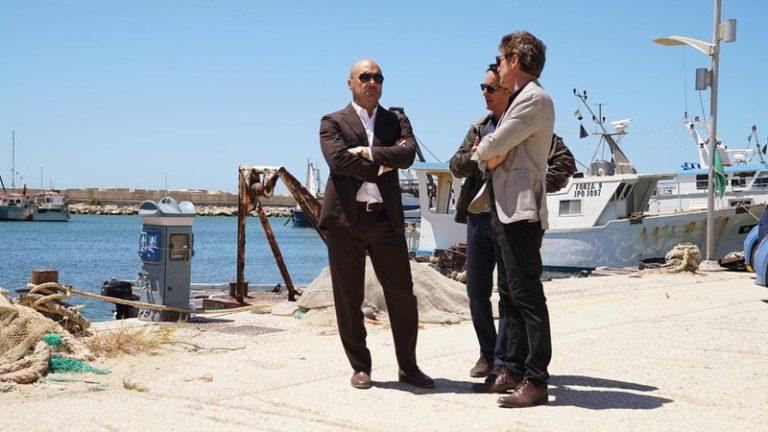 Guida Tv 6 maggio: Il commissario Montalbano, Made in Sud, Report, Grande fratello