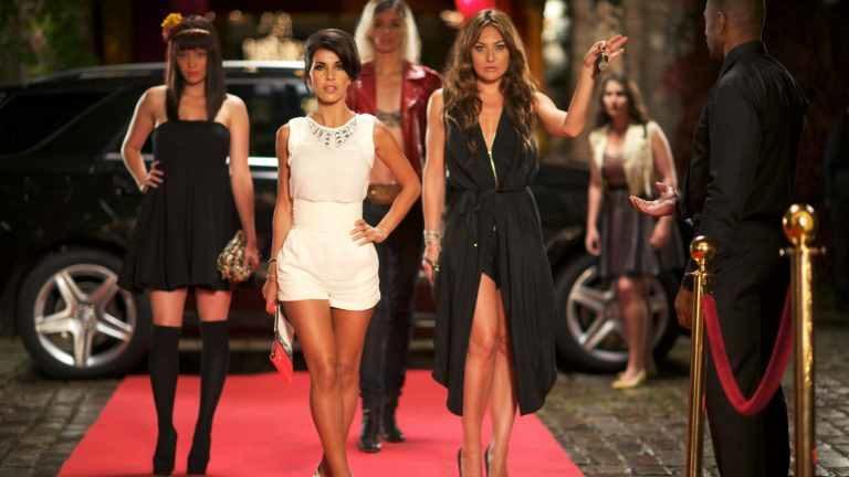 Guida Tv 15 luglio: Parigi a tutti i costi, Before I Go To Sleep, Temptation Island