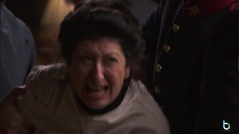 Una Vita, Ursula viene internata (puntata 29 agosto)
