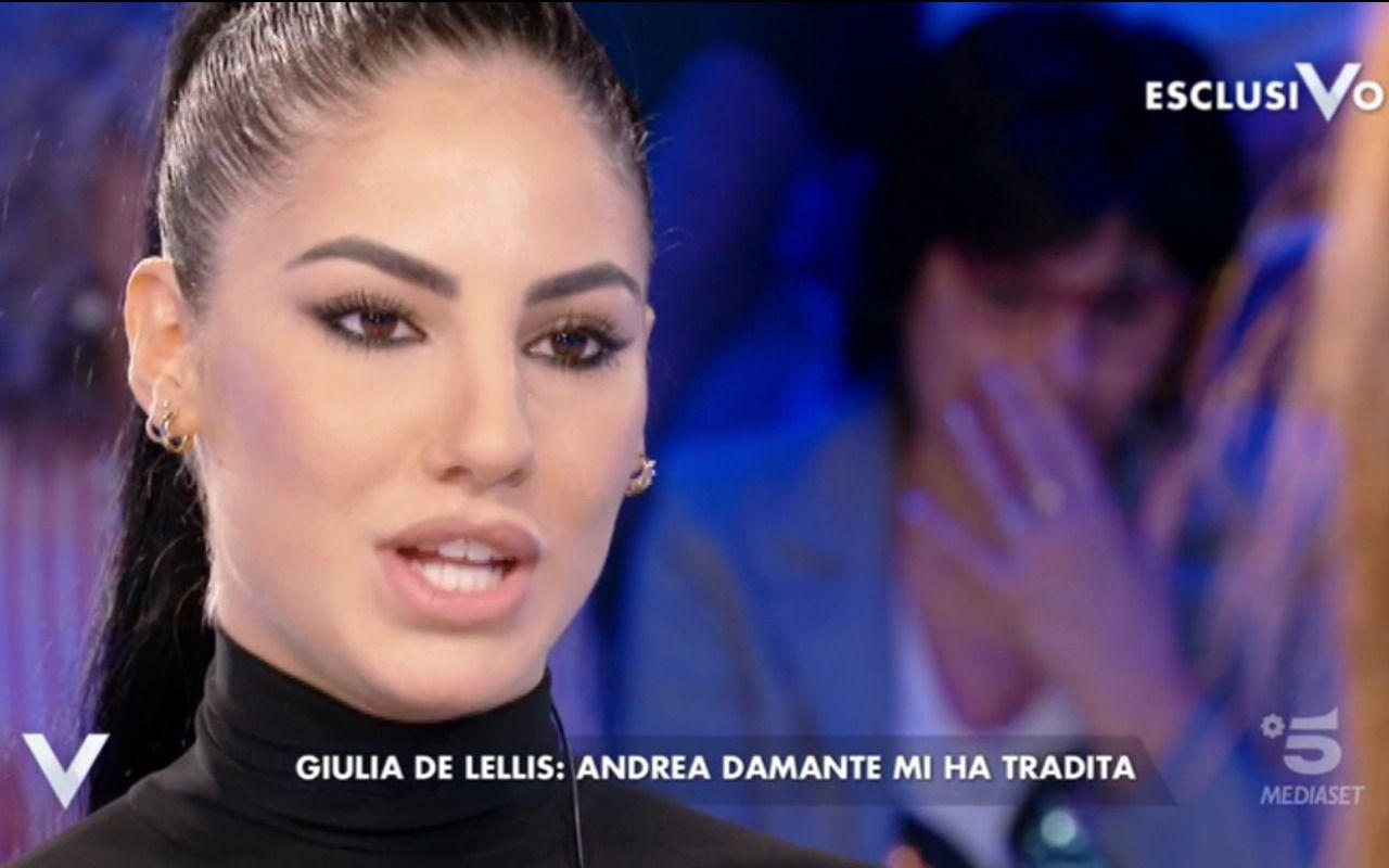 """Giulia De Lellis a Domenica In:""""Le corna mi stanno bene!"""""""