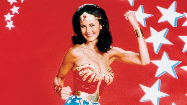 Arrowverse: Lynda Carter come Wonder Woman in Crisi sulle Terre Infinite?