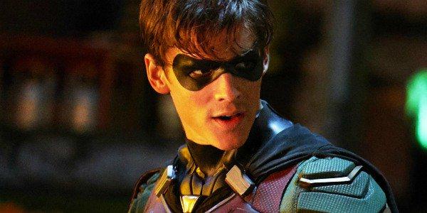 Titans: nella seconda stagione vedremo Nightwing?