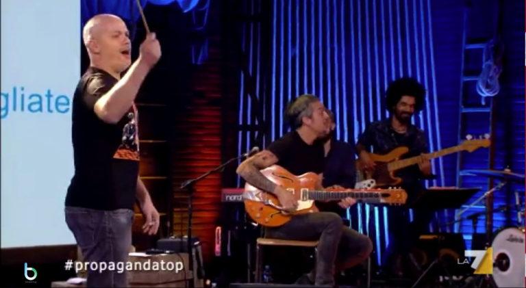 Propaganda Live, ospiti Concita De Gregorio e Niccolò Fabi del 22 novembre