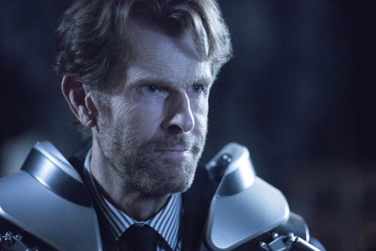 Crisi sulle Terre Infinite: Kevin Conroy promette un Bruce Wayne molto dark