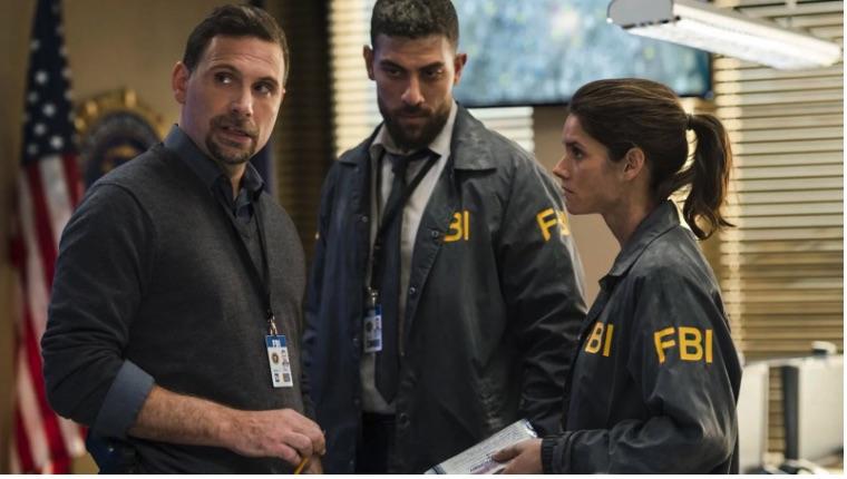 Guida serie TV del 6 febbraio: Blue Bloods, FBI, Revenge