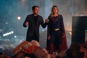 Supergirl: Chris Wood e altri attori torneranno per il 100° episodio 4