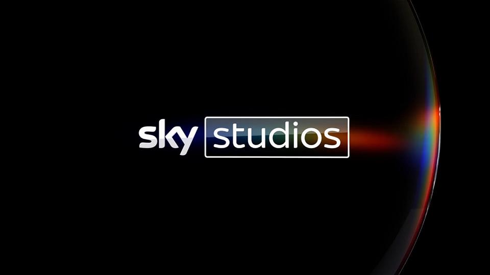 Sky Studios e The Apartment: nuovo accordo per la produzione di serie originali