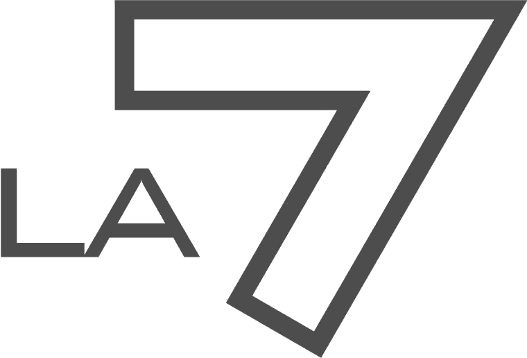 La7 logo 2002 2011
