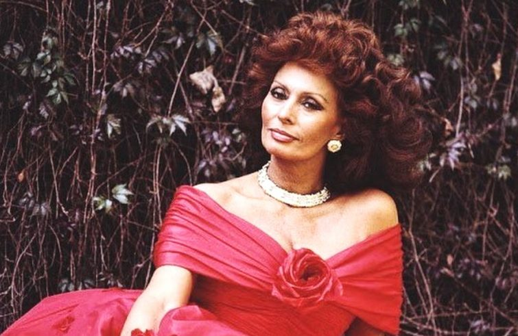 Sophia Loren in Dynasty