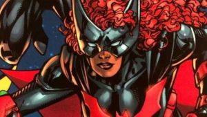 Batwoman: una foto dal set svela la Batmobile