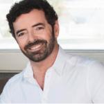 Alberto Matano conduce La vita in diretta