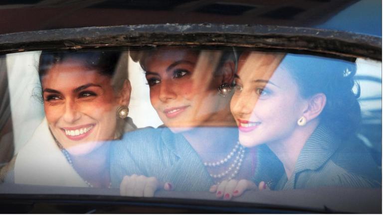 """""""Atelier Fontana. Le sorelle della moda"""", su Rai Premium torna l'amatissima fiction con Anna Valle"""