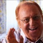 Renzo Arbore commenta Lucio Battisti Rai due