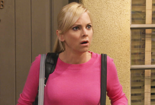 Mom: Anna Faris abbandona la storica sitcom dopo sette stagioni