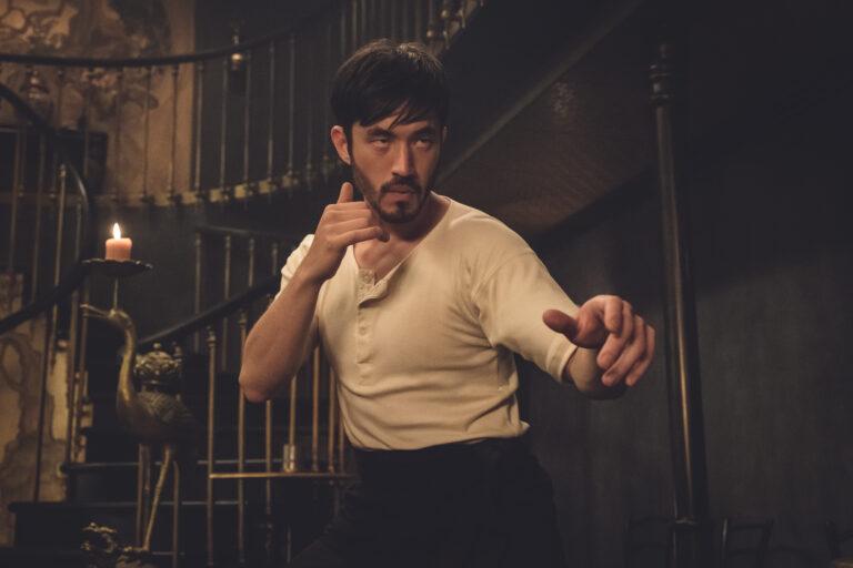 Warrior, in esclusiva in chiaro su Rai 4 la serie HBO da un'idea di Bruce Lee