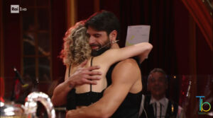 Ascolti tv 21 novembre: Ballando con le stelle chiude una difficile edizione con ottimi ascolti