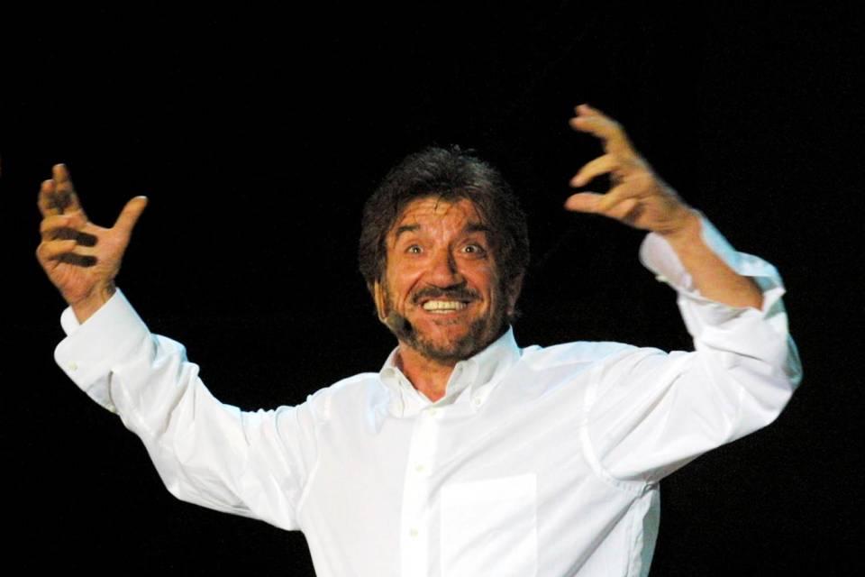Gigi Proietti Rai Uno