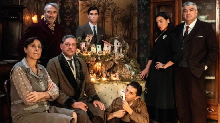 Natale in casa Cupiello: Sergio Castellitto nel film trasposizione della celebre opera di Eduardo