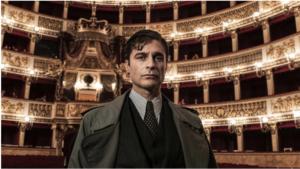 Il commissario Ricciardi, Lino Guanciale nel personaggio di Maurizio de Giovanni