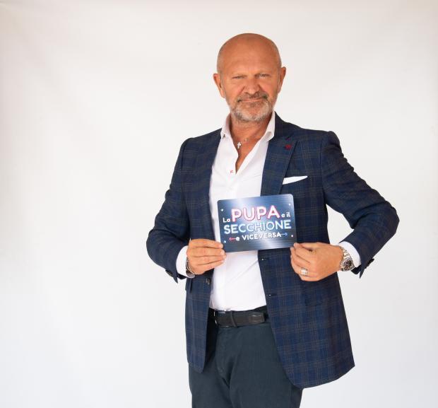 """""""La Pupa e il Secchione e Viceversa"""", la nuova edizione con Andrea Pucci su Italia Uno"""