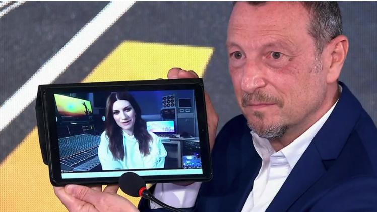 Laura Pausini super ospite Sanremo 2021