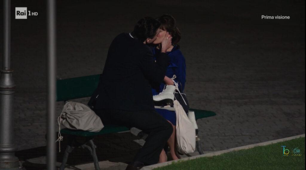 Dante e Marta si baciano di nuovo