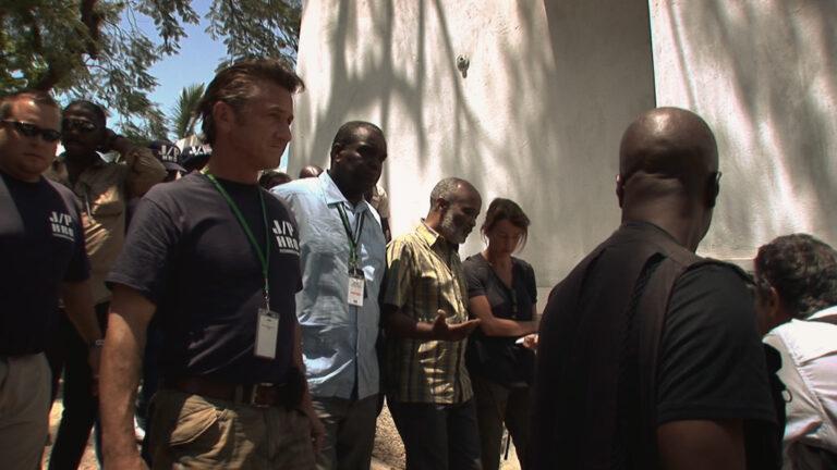 Citizen Penn, arriva su discovery+ l'acclamato documentario con Sean Penn
